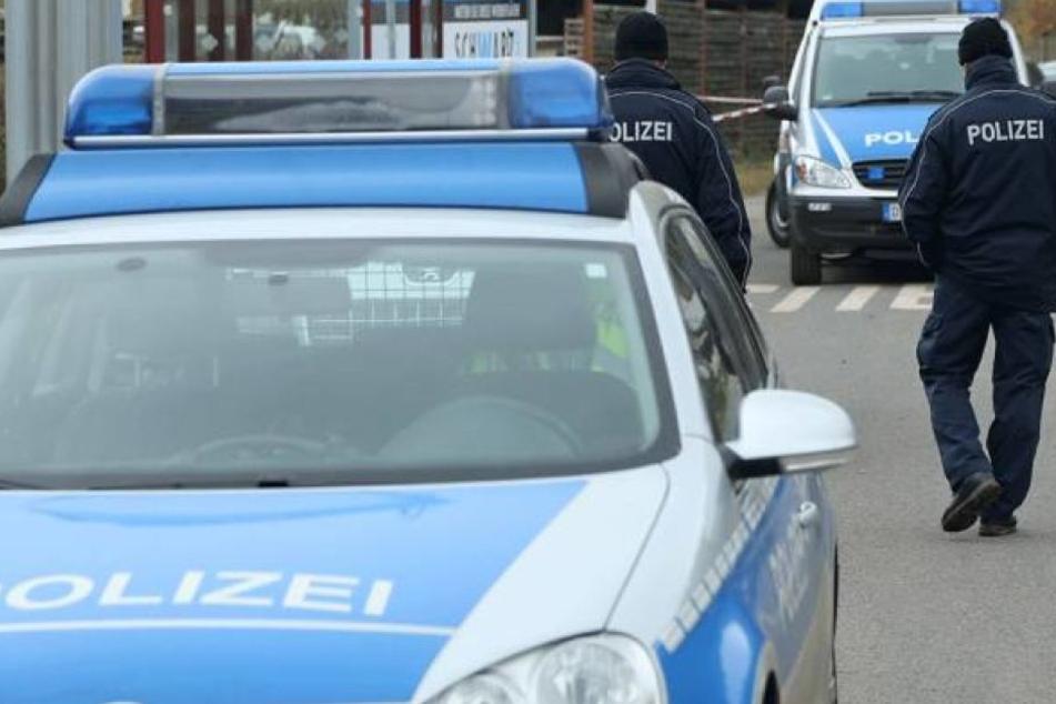 Der Polizei bot sich am Tatort ein Bild des Grauens (Symbolfoto).