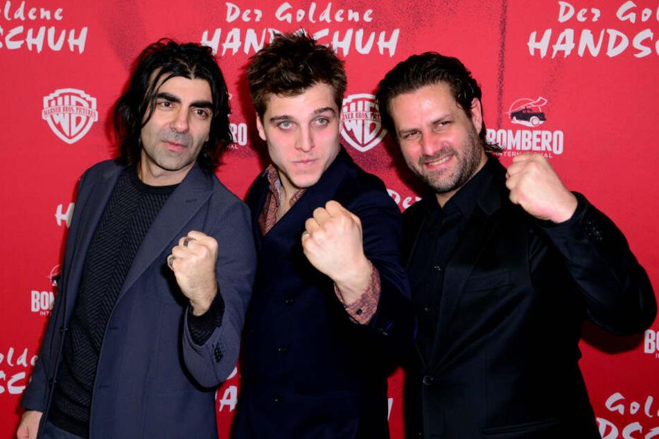 Fatih Akin (links) schrieb das Drehbuch und führte Regie.