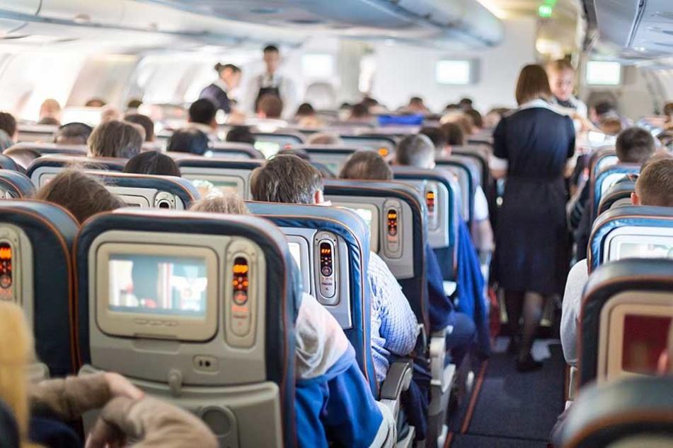 Diesen bösen Trick wenden Airlines an, damit Fluggäste mehr bezahlen