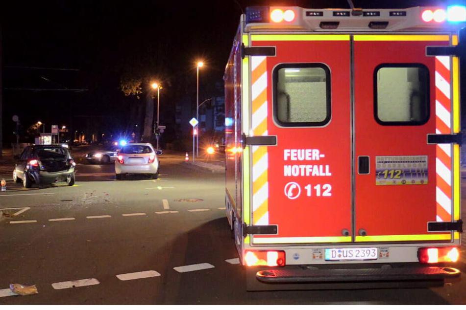 Schwerer Unfall in Düsseldorf: Mehrere Menschen verletzt