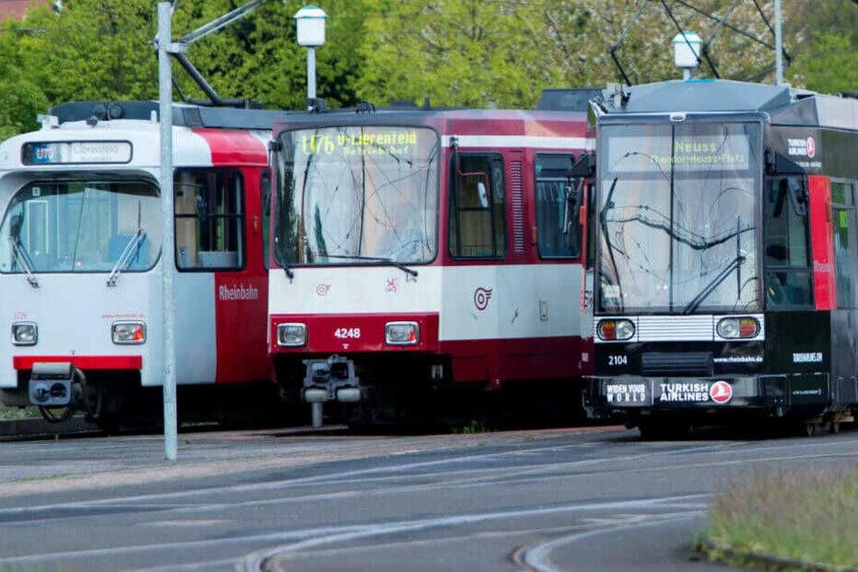 """37 Mitarbeiter der Rheinbahn sind noch im Besitz eines """"Papst-Vertrags""""."""