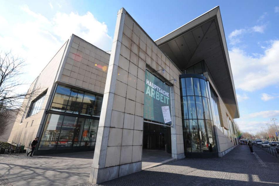 Einige Requisiten der TV-Serie werden im Haus der Geschichte in Bonn landen.