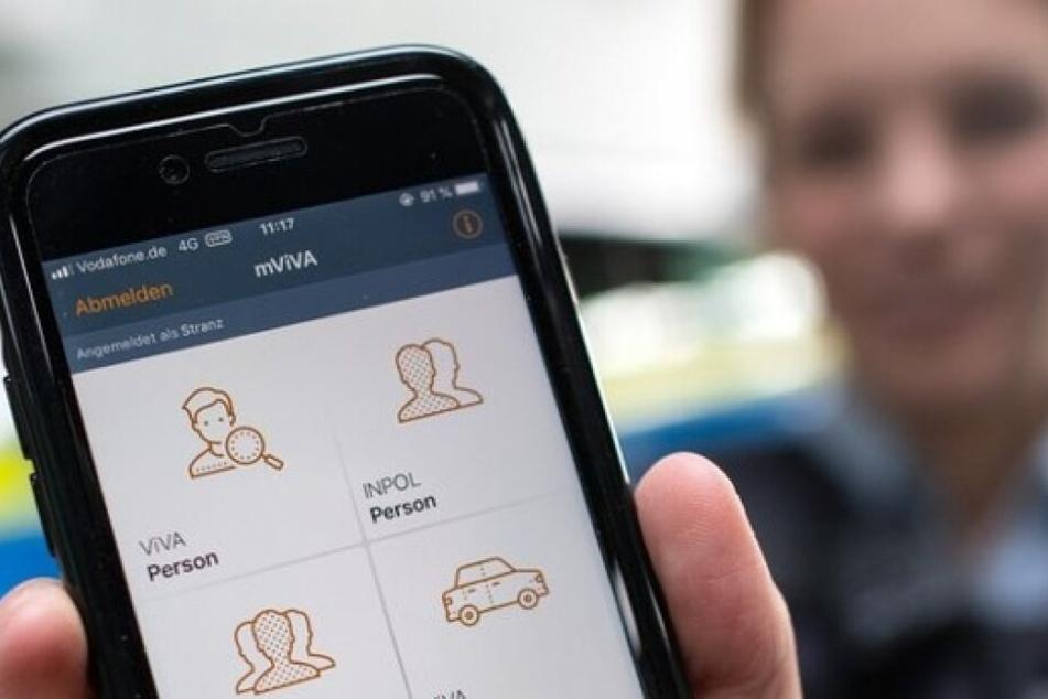 Dank Smartphone geschnappt: Polizei lässt bei zwei Einbrechern Handschellen klicken