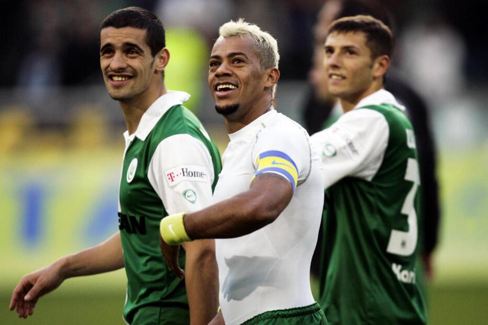 Marcelinho (M.) bereitete den wichtigsten Karriere-Treffer von Sergej Karimow (r.) vor.