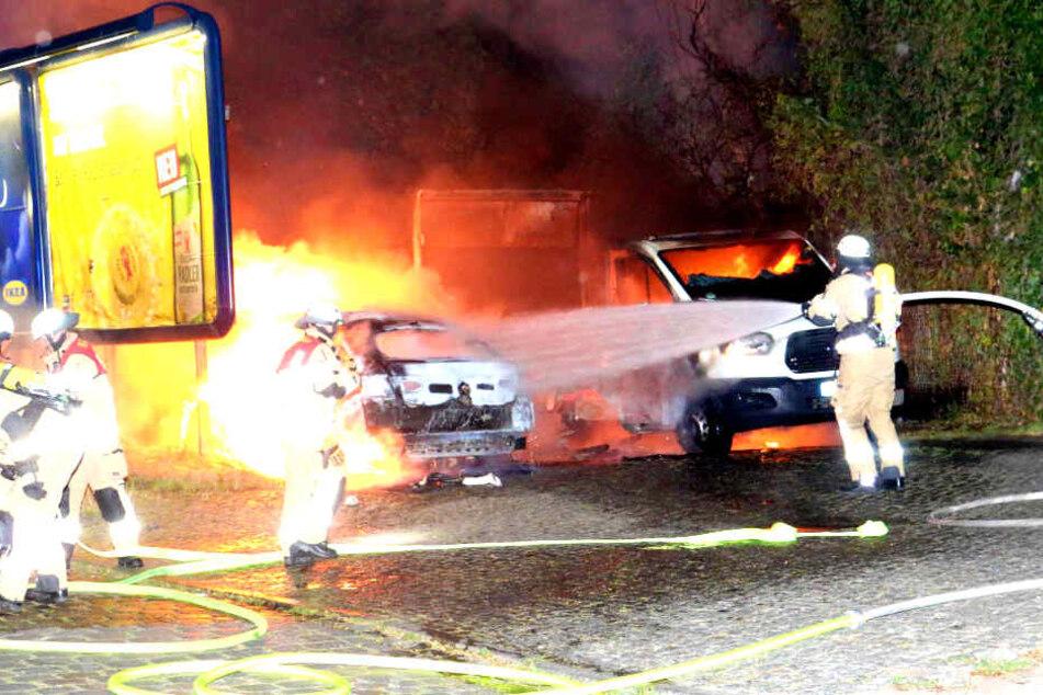 In Berlin haben in der vergangenen Nacht wieder Autos gebrannt.