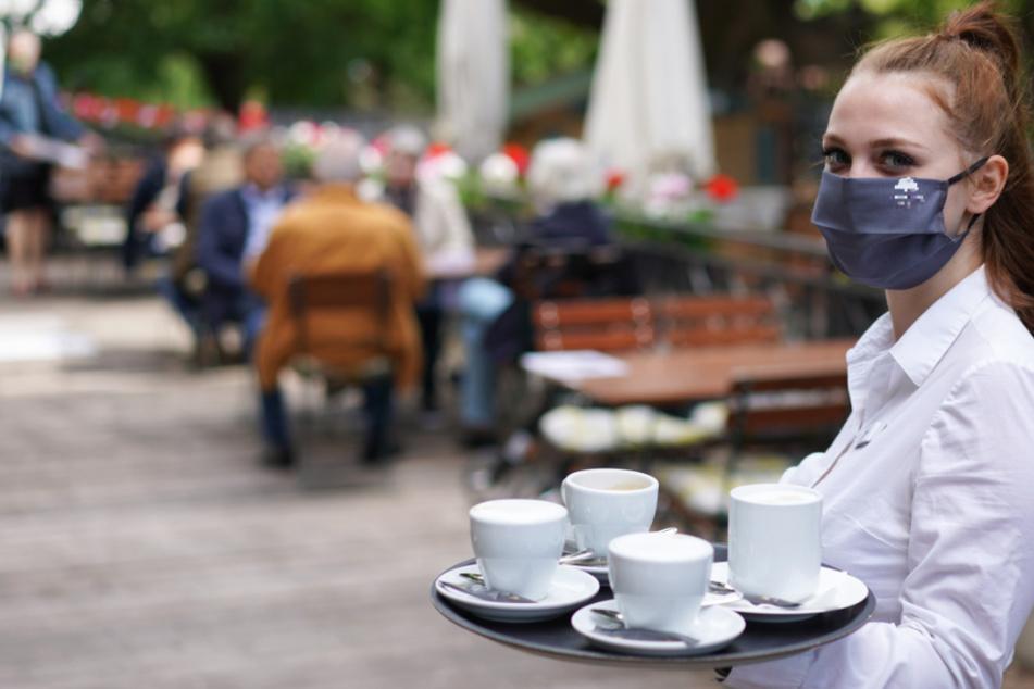 Seit dem 15. März dürfen Restaurants, Gaststätten und Hotels in Hessen wieder öffnen (Symbolbild).