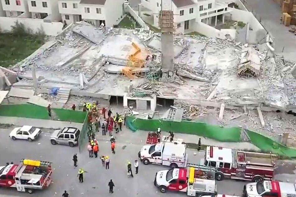Die Baustelle im Überblick: Der Rohbau des Einkaufszentrums stürzte in sich zusammen.