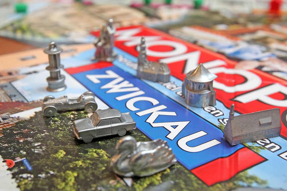 Beim eigenen Spiel für Zwickau gibt's sogar stadtbezogene Spielfiguren,  beispielsweise Robert Schumann.