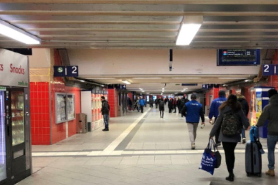 Der Mann war schon zuvor am Ostbahnhof aufgefallen und durfte das Gebäude eigentlich nicht mehr betreten. (Symbolbild)