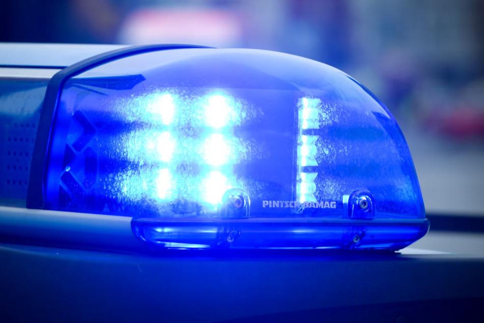Die Polizei sperrte die B2 für mehrere Stunden.
