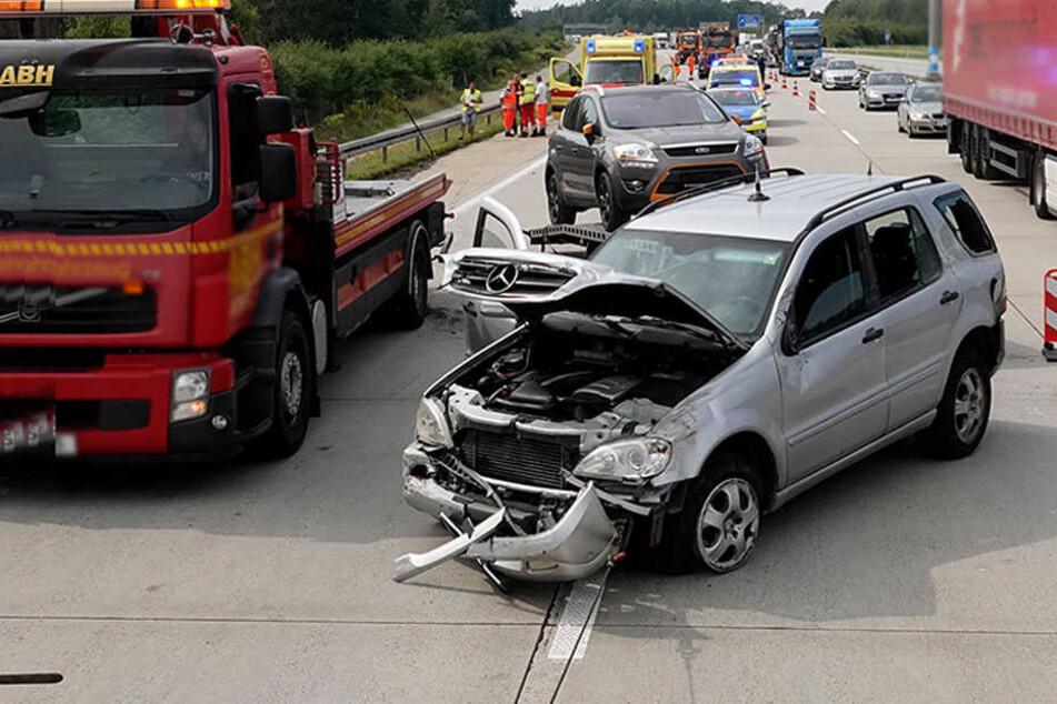 Chemnitz: Unfall-Chaos auf der A4: Autobahn gesperrt