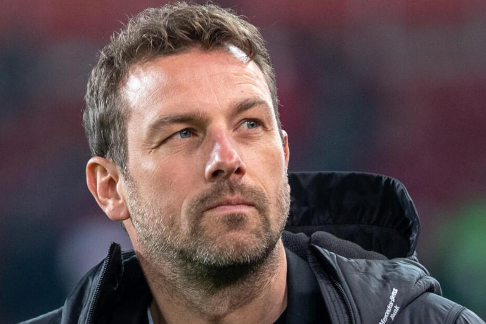 Für Weinzierl (Bild) geht es gegen Leipzig, trotz Treuebekenntnissen, weiter um seinen Trainerjob.