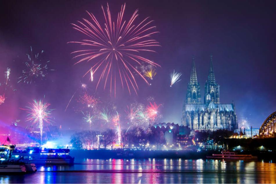 Feuerwerk gehört für eine Mehrheit der Deutschen fest zu Silvester.
