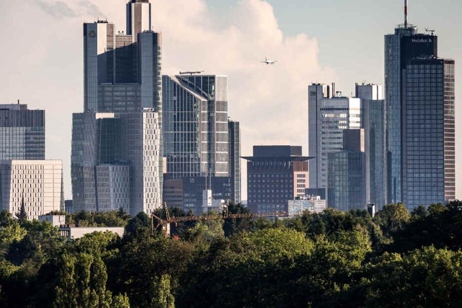Hochhäuser und Büros gibt es reichlich in Frankfurt, aber freie Wohnungen sind Mangelware.