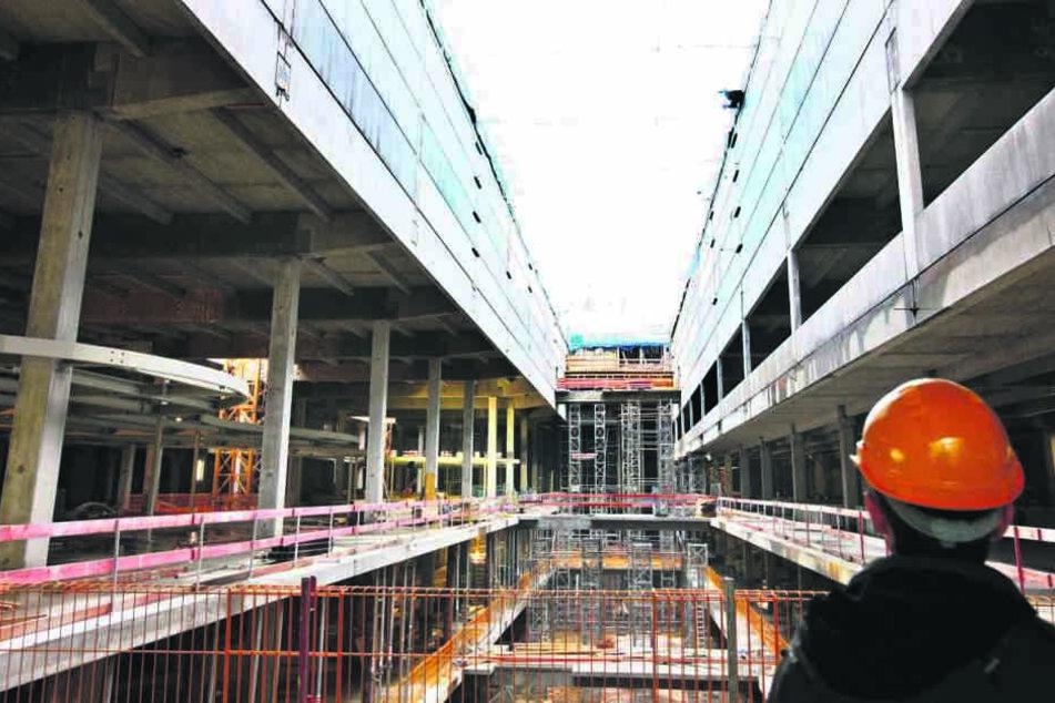 Das markante Innere des Centers während der Bauarbeiten im November 2008.