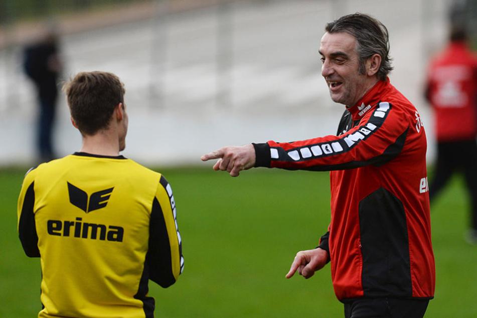 Blick in die Vergangenheit: Dynamos Sportdirektor Ralf Minge  mit Sinan Tekerci - das war 2016.