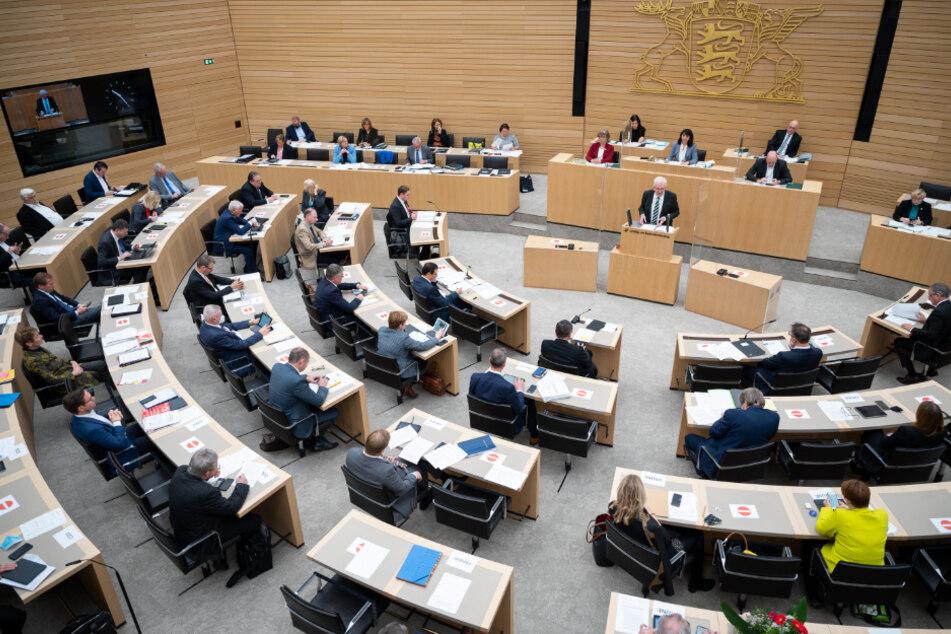 Landtag debattiert über verlängerten Lockdown