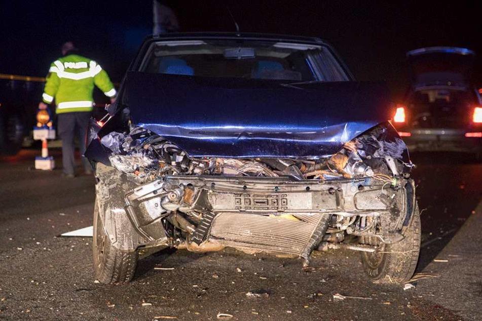 Der Ford wurde stark beschädigt.