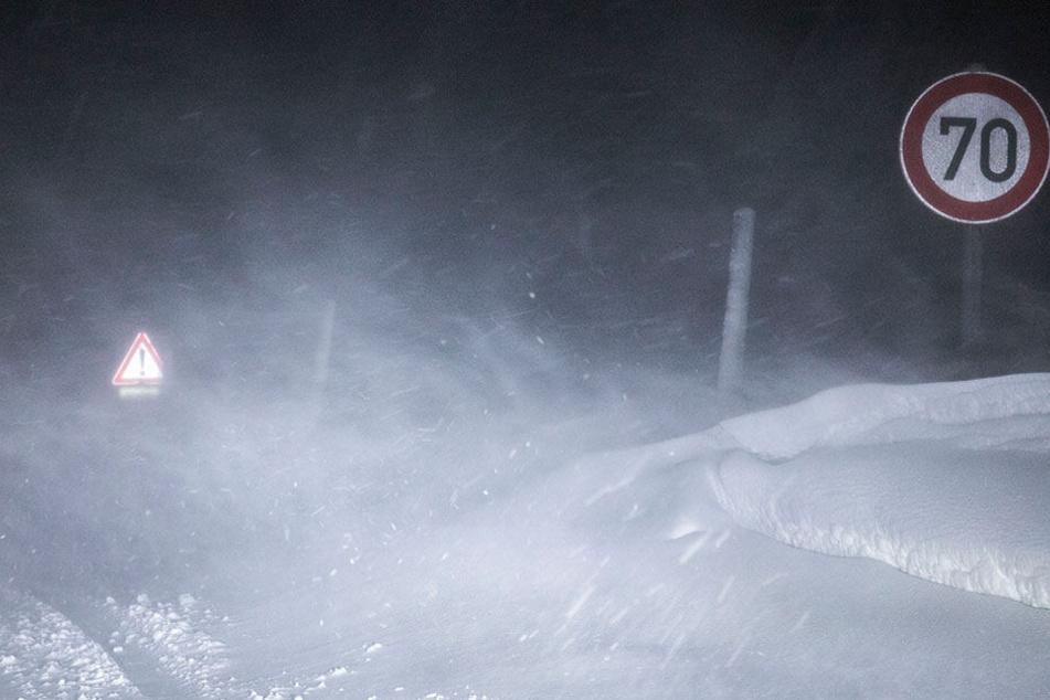 Sachsen: Schneestürme, glatte Straßen und bis zu minus 13 Grad!