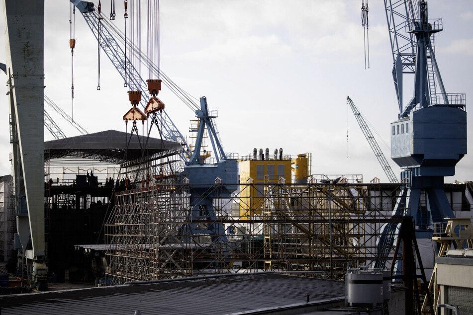 Es geht um mehr als 600 Jobs bei der Pellas Sietas Werft. (Archivbild)