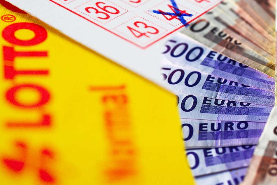 Plötzlich Millionär! Lotto-Gewinner sackt 1,4 Millionen Euro ein