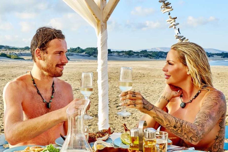 Es wird romantisch: Martin (28) beim Dinner mit Gina-Lisa (32).