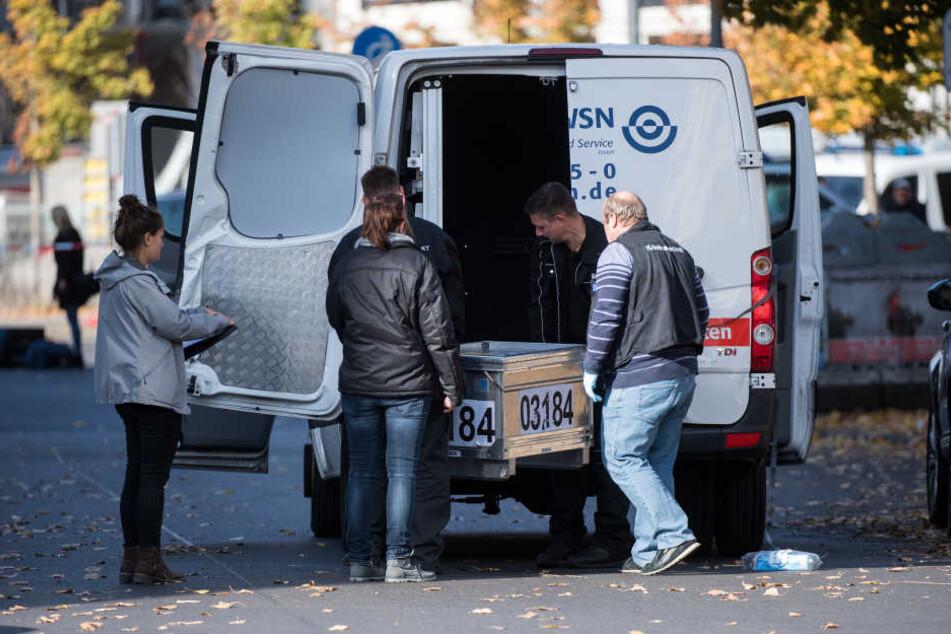 Die Polizei ermittelt unter Hochdruck zum Geldtransporter-Überfall in Berlin.