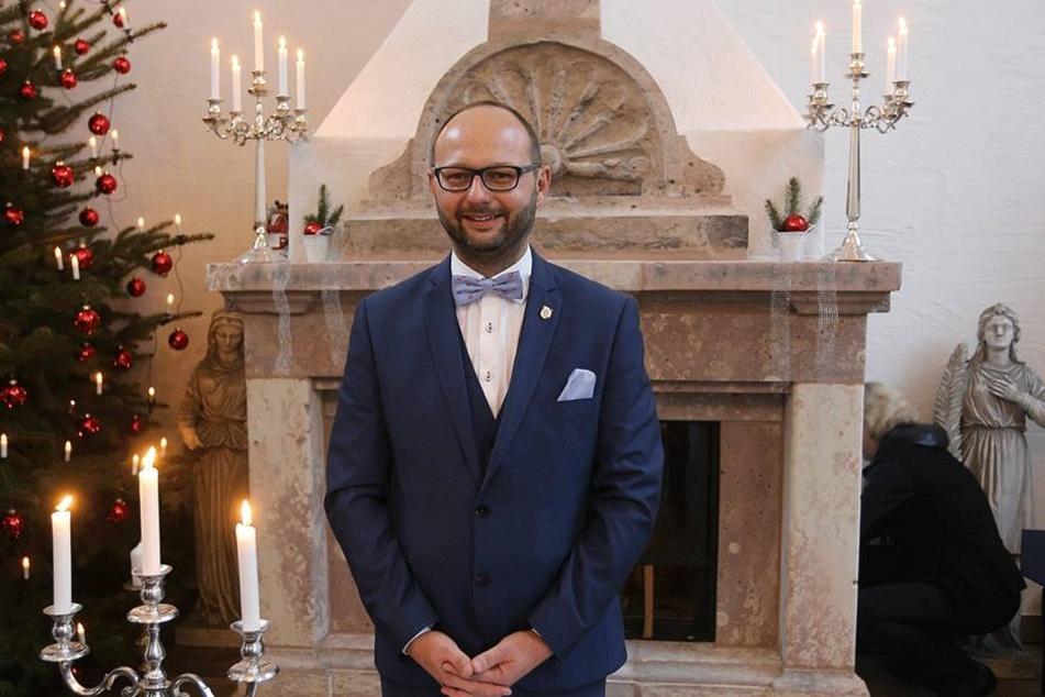 """Callenbergs Bürgermeister Daniel Röthig war gestern der """"Pfarrer""""."""