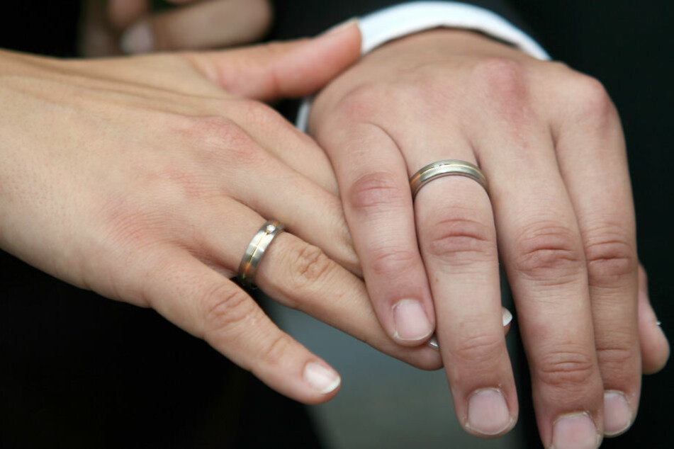 Immer mehr ausländische Ehepaare stellen Standesbeamte vor Herausforderungen