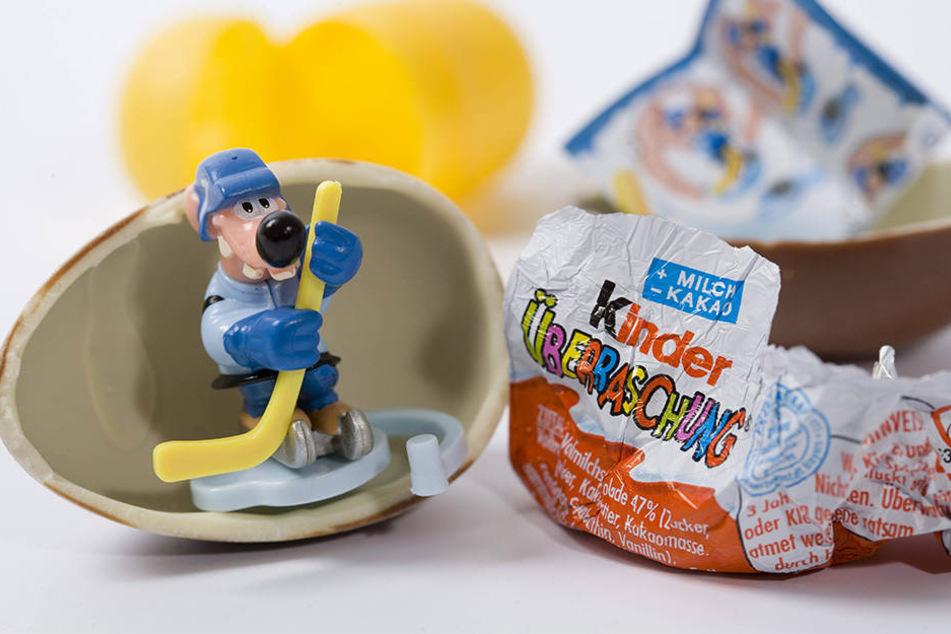 Hinter den leckeren Kinderüberraschungseiern von Ferrero soll ein dunkles Geheimniss stecken!