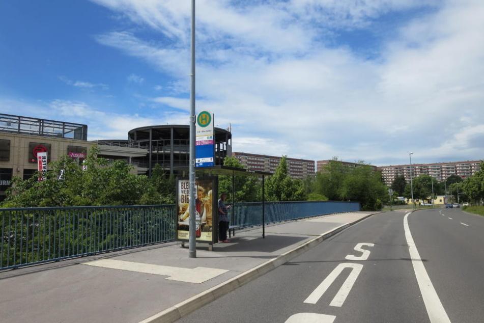 Hier hat sich der Angriff ereignet: Das Leipziger Allee-Center im Stadtteil Grünau.(Archivbild)