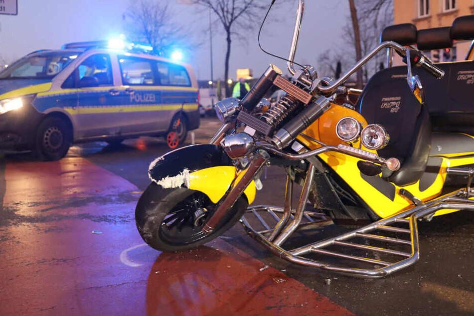 Die Polizei sperrte die Großenhainer Straße zunächst.