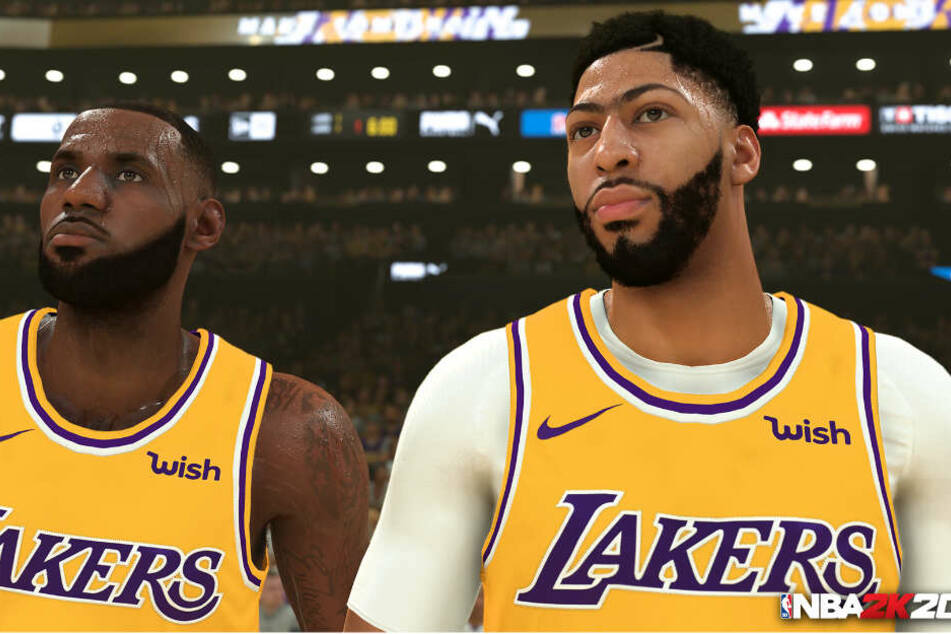 Zwei Superstars der Los Angeles Lakers nebeneinander: LeBron James (links) neben dem Cover-Athlet von NBA 2K20, Anthony Davis.