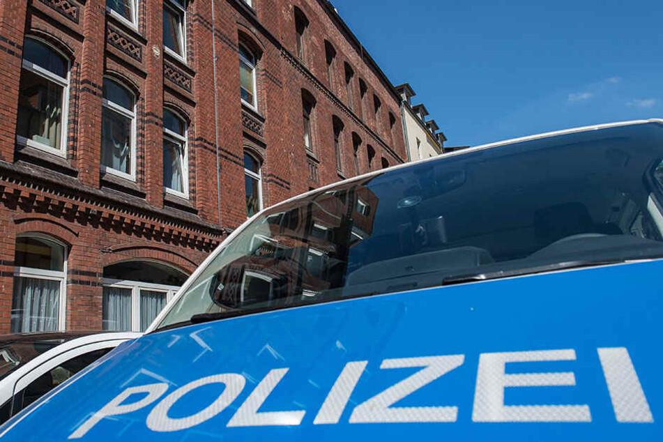 Die Polizei konnte einen der Räuber festnehmen. Dabei handelt es sich um einen Intensivtäter. (Symbolbild)
