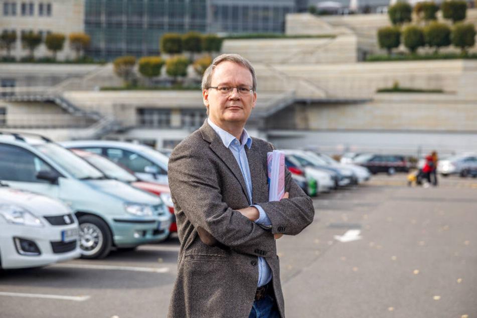 """Tilo Wirtz (52, Linke) spricht von """"Wucherparkgebühren""""."""