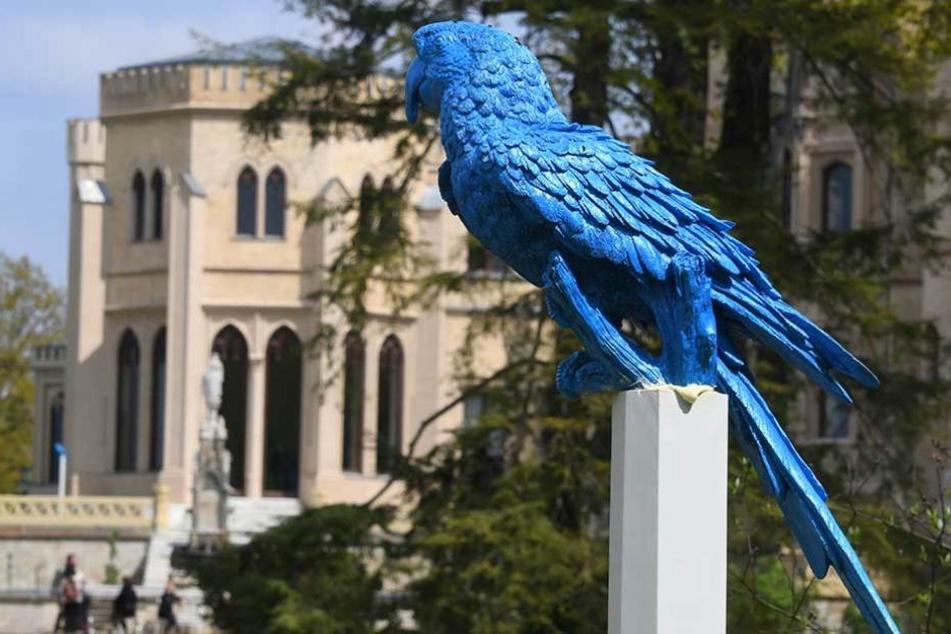 Die blaue Papageien-Statue wurde aus dem Park in Babelsberg gestohlen.