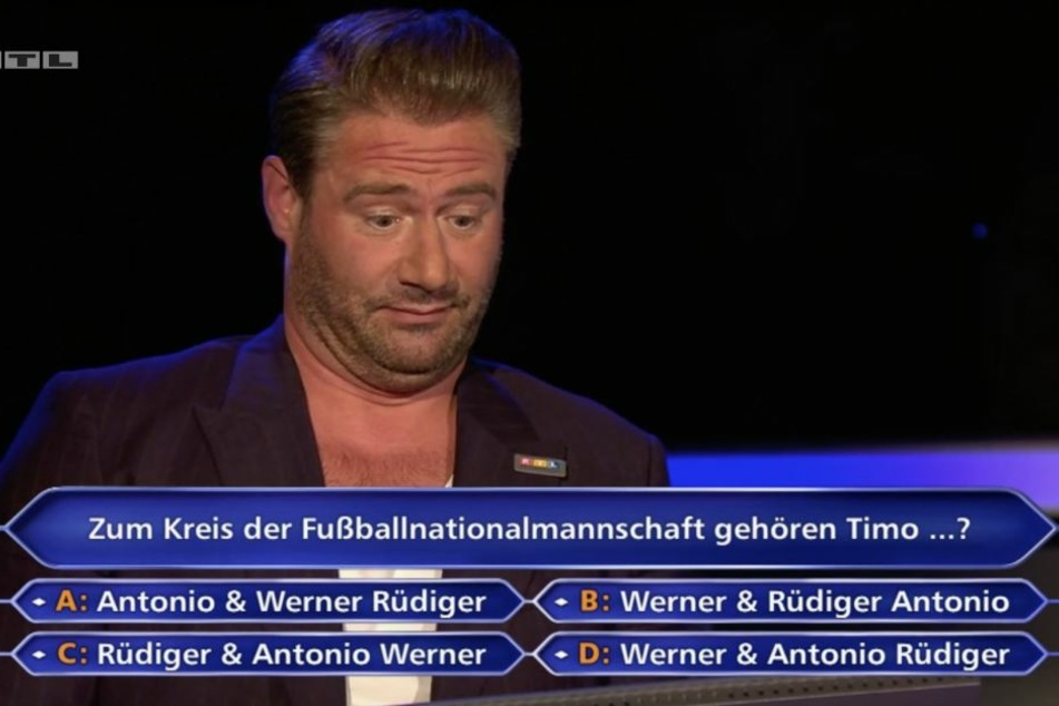 """Bei dieser Frage hatte Sänger Sasha """"eine kleine Hirnsperre"""". Das Publikum wurde zu Rate gezogen und verhalf dem 46-Jährigen zu 16.000 Euro."""