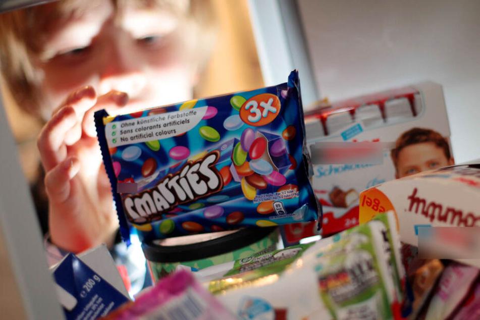 Würde eine Zuckersteuer das Übergewicht von Kindern senken?