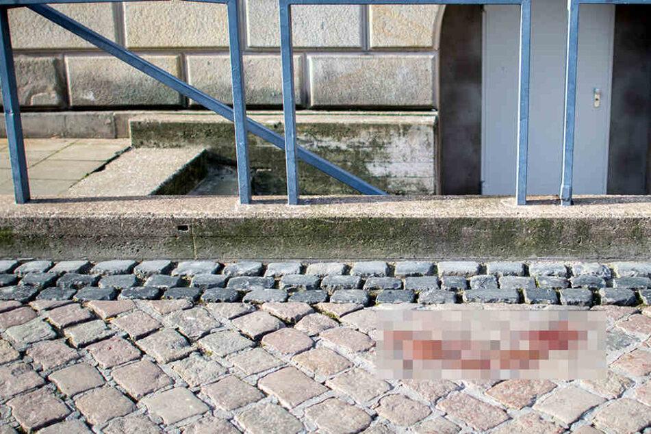 Das Opfer wurde vor der Staatsoper erstochen.