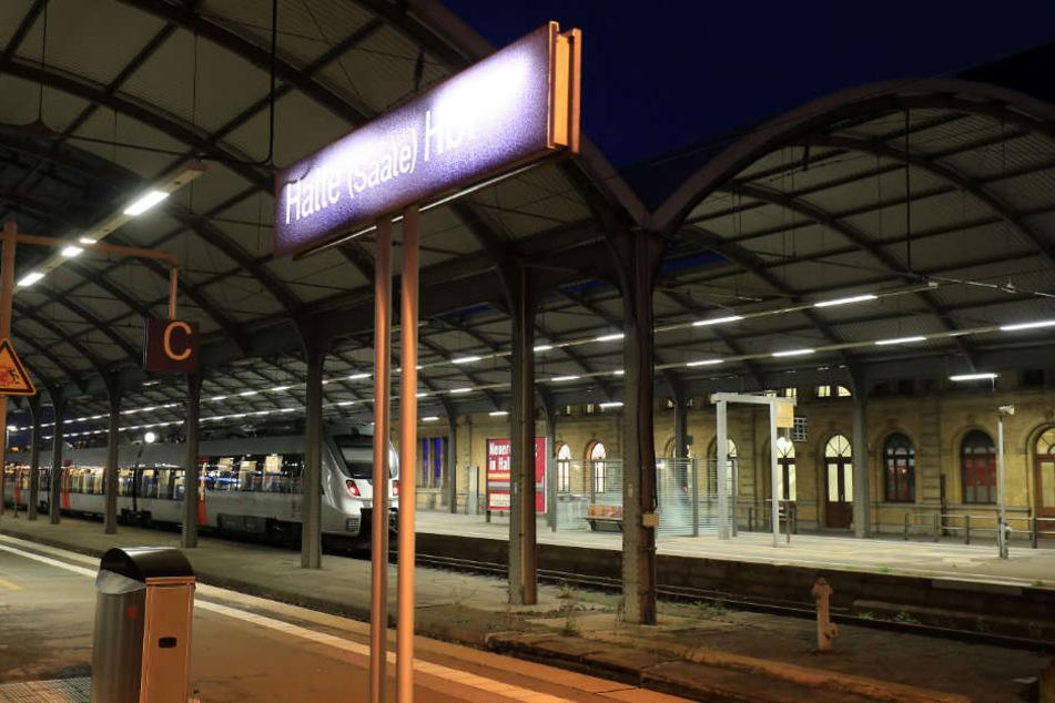 In Halle als auch Magdeburg rollte keine Bahn mehr. (Archivbild)