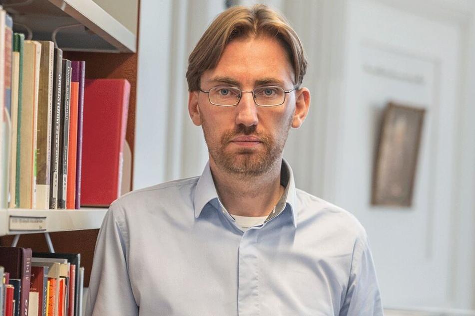 Politikwissenschaftler Hendrik Träger (37).