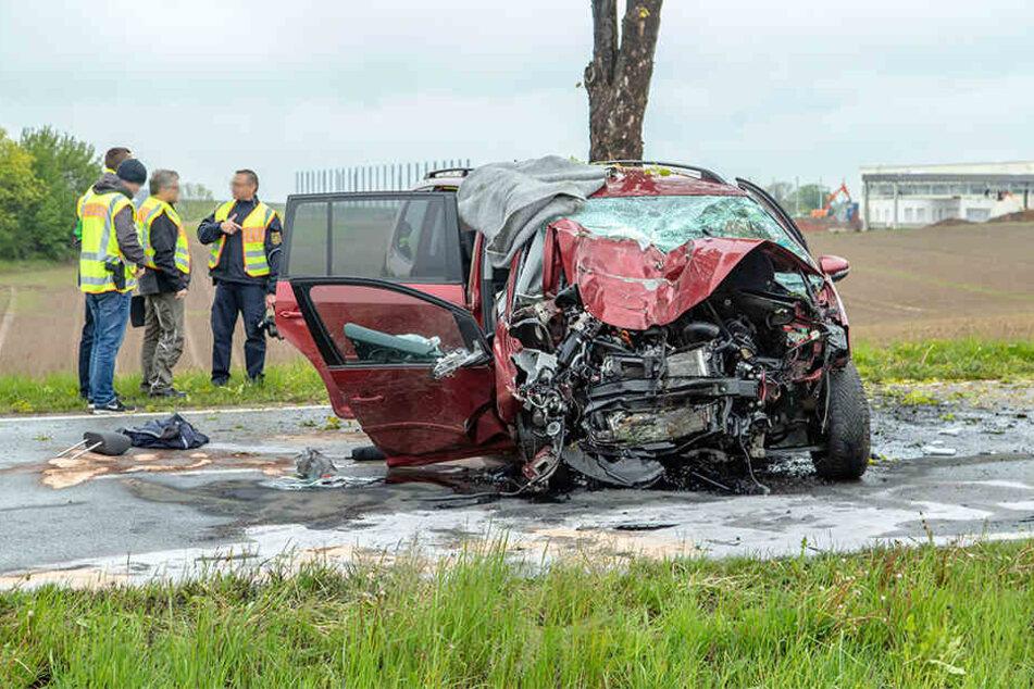 Der VW erlitt Totalschaden.