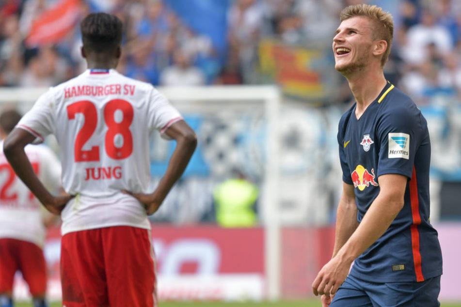Timo Werner (r.) konnte es letztes Jahr gar nicht glauben: RB Leipzig gewann ebenfalls am 3. Spieltag 4:0 in Hamburg.