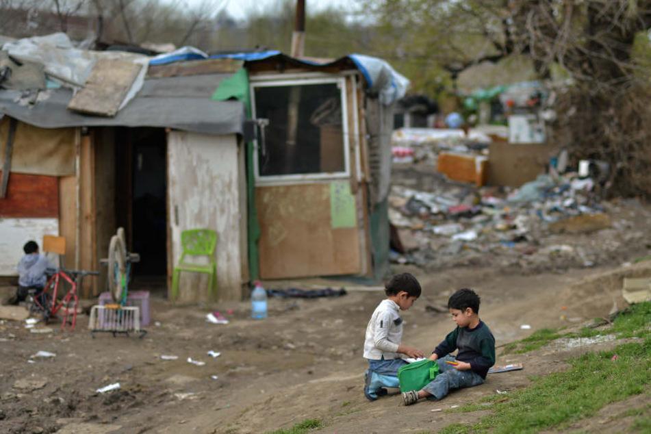 Die Armut in vielen Ländern wird immer bedrohlicher, jedem zwölften Kind geht es schlechter als den Eltern.