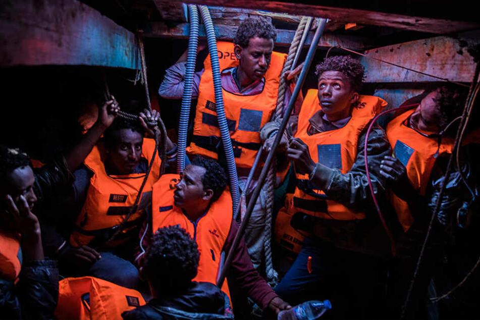 """""""Öffnet Hintertür für Migranten"""": Tschechien und Ungarn lehnen Flüchtlingspakt der UN ab"""