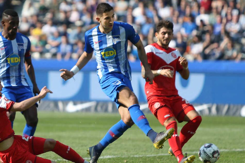 Marko Grujic trifft gegen Fortuna Düsseldorf.