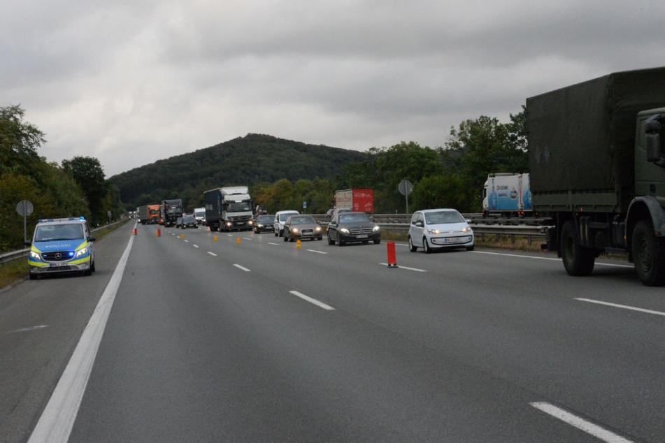 Einspurig wurde der Verkehr an der Unfallstelle vorbeigeführt.