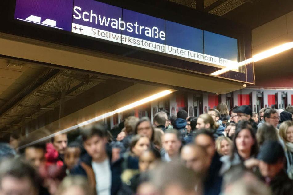 Stuttgart: Technische Störungen sorgen für Ausfälle bei den S-Bahnen!