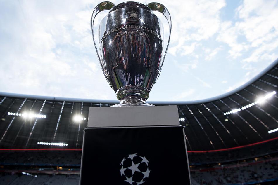 Die Champions-League-Pokal ist die begehrteste europäische Klub-Trophäe.