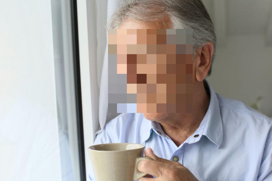 Der 82-Jährige ist laut Polizei bereits erkrankt gewesen, was mit zur Todesursache beigetragen hat. (Symbolbild)